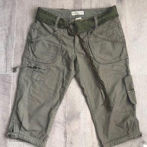 Old Navy green Capri Cargo Shorts size 2